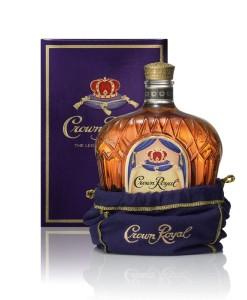 crown_royal_canadian_whisky_700_ml_07)l